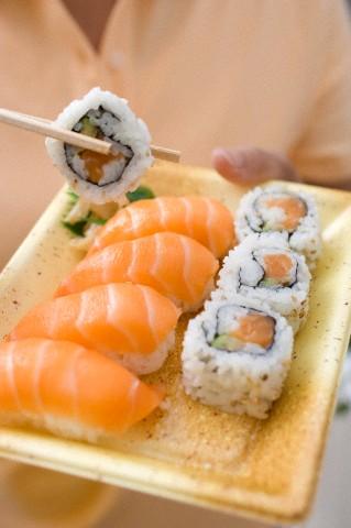 peut on manger des sushis en 233 tant enceinte actualit 233 d actualit 233 s